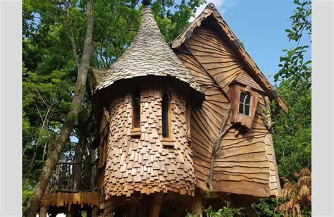Quirky Glamping And Treehouses