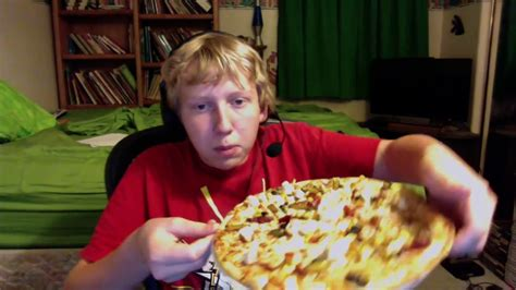 spicy chipotle chicken pizza unboxing  review reupload