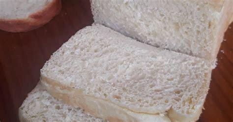 Umumnya roti tawar ini dimakan dengan sebagai menu sarapan yang dipaukan dengan berbagai selai seperti selai kacang, cokelat strowberry dan banyak lainnya. 25.966 resep roti tawar lembut enak dan sederhana - Cookpad