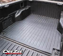 dee zee heavyweight rubber truck bed mat for 05 13 toyota