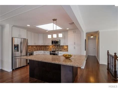 florence dr mahopac ny  homes ranch kitchen