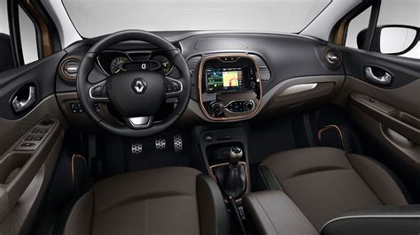 renault captur interior at night renault captur sl premium llega el alto de gama