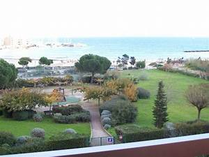 vue mer avec piscine appartement 4 personnes a la faviere With location bormes les mimosas avec piscine