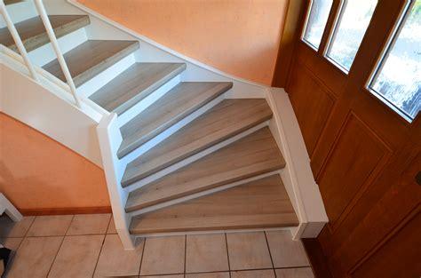 Renovierung Einer Treppe Mit Podest Und Wangen In Laminat