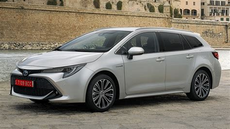 toyota corolla touring sports hybrid wallpapers