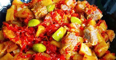 Goreng kentang sampai matang kemudian sisihkan. Resep Sambal Goreng Kentang Daging Sapi Tanpa Santan oleh Linda Silvana - Cookpad