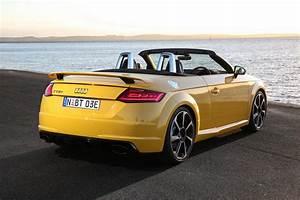 Audi Tt Rs Coupe : 2017 audi tt rs now on sale in australia roadster added ~ Nature-et-papiers.com Idées de Décoration