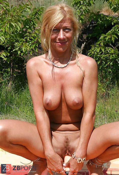 An Exhibitionist Sylvie Czech Teacher Zb Porn