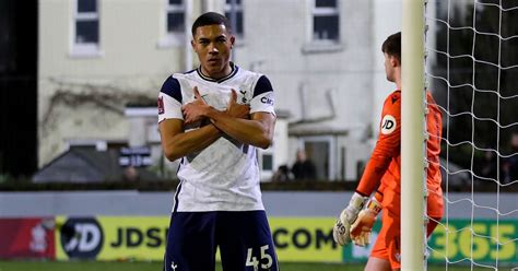 What channel is Tottenham Hotspur vs Fulham? Kick-off time ...