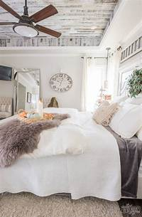 ideas for decorating a bedroom Cozy & Easy Fall Bedroom Decorating Ideas