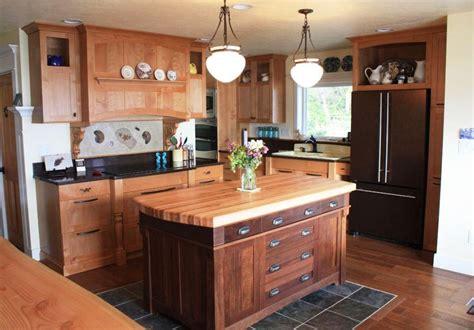 how make kitchen cabinets rustic kitchen island stools ship themed oak wood island 4365