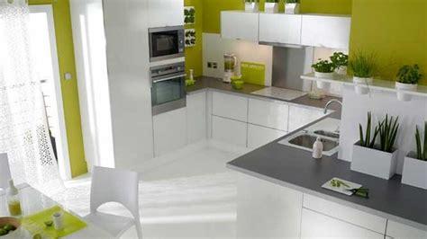 cuisine blanche mur taupe cuisine blanche mur taupe 1 indogate cuisine moderne