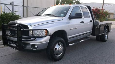 sell used 2005 dodge ram 3500 h o auto 4x4 dually flat bed crew air suspension one owner in