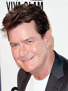 Top 10 Facts Ab... Charlie Sheen