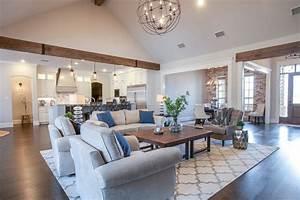 Craftsman Farm House - Farmhouse - Family Room - Dallas