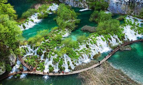 plitvice falls    amazing waterfalls