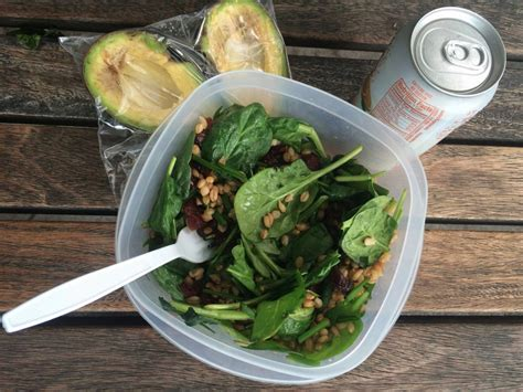 best lunches to eat at work for productivity business insider