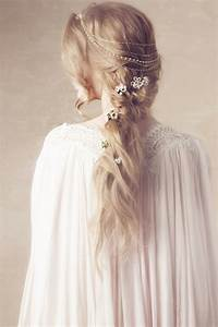 Best 25+ Princess hairstyles ideas on Pinterest Hairstyles for long hair wedding, Wedding updo