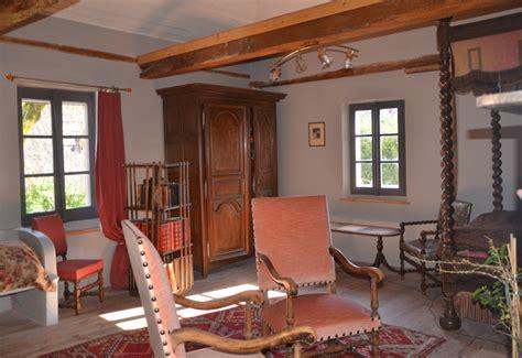 chambre d hotes tarn chambre d 39 hôtes tarn près de gaillac à puycelsi