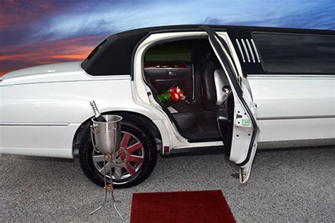 Deals On Limo Service by Special Someone Limo Service Metro Limousine Service