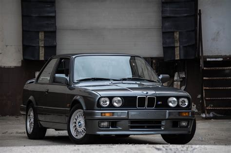 video 1980s bmw e30 3 series commercial footage looks great
