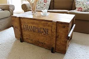 Couchtisch Shabby Vintage : uncle joe s 75759 truhe couchtisch holzkiste champagne vintage shabby chic holz 98 x 55 x 46 ~ Markanthonyermac.com Haus und Dekorationen