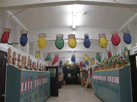 school hallways christmas decorating contest hall
