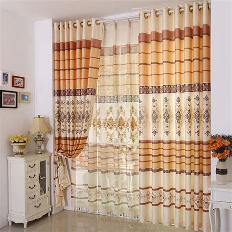 excellent idea to dividing a room with curtains with lines