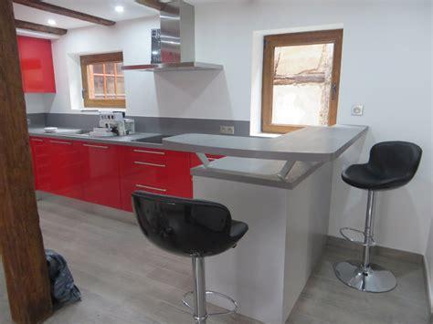 bar cuisine rangement table bar de cuisine avec rangement maison design