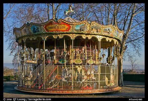 picturephoto  century merry   carcassonne