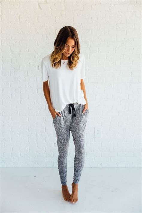 25+ best ideas about Cute Lounge Outfits on Pinterest | Lounge outfit Lounge wear and Lazy day ...