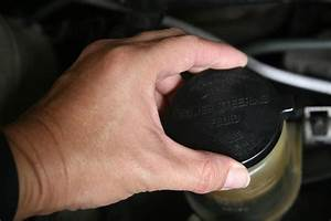 How To Properly Check Your Car Engine Fluid Levels