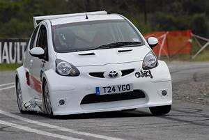 In4ride  Toyota Aygo Goes Crazy At Renault Hillclimb