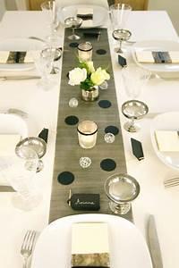 Decoration De Noel Table : decoration de table de no l theme so chic en noir et argent ~ Melissatoandfro.com Idées de Décoration