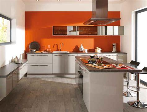 table rabattable cuisine stunning cuisine mur avec orange pdc vert deau bois table