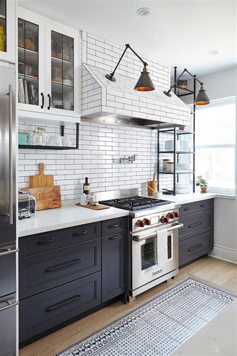 riviera kitchen cabinets 17 best ideas about bistro on deco 1970