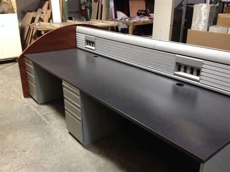 Used Knoll Trading Desks Saraval Industries