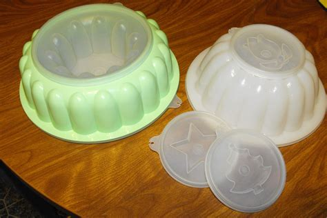 jello molds gramm and crackers tuesday s treasures