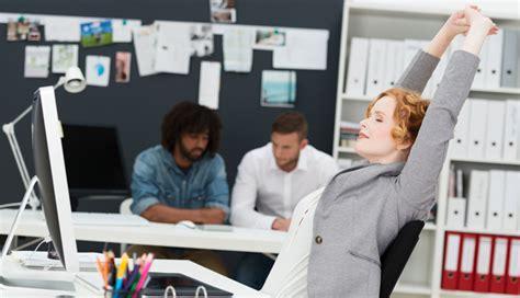 bien etre social bureau bien être au bureau 6 exercices pour garder la forme