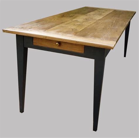 table cuisine avec tiroir longue table ancienne rectangulaire peinte et