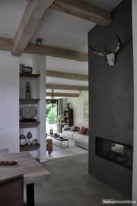 les 25 meilleures idees de la categorie poutre plafonds With wonderful peindre un plafond avec des poutres 7 idee deco les poutres apparentes dans toutes les piaces