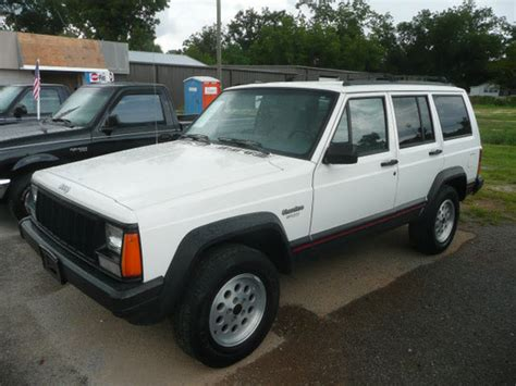 manual jeep cherokee jeep cherokee 1996 factory service manual download