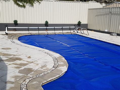 Pool Solar Blankets, Covers, And Rollers Perth