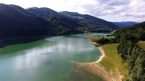 lacul paltinu doftana  drone youtube