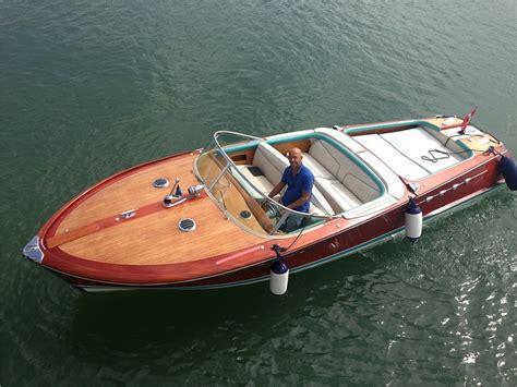 Riva Boats Aquarama For Sale by Riva Aquarama Buy Used Powerboat Motor Cruiser Buy