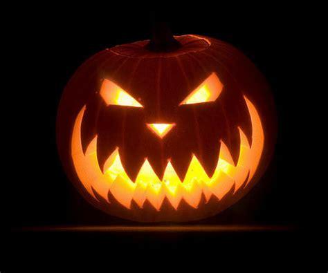 30+ Best Cool, Creative & Scary Halloween Pumpkin Carving