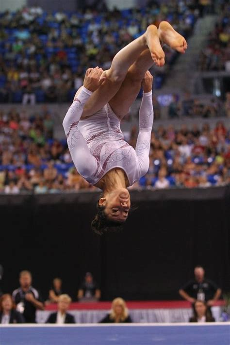aly raisman floor routine aly raisman grondoefeningen and gymnastiek on