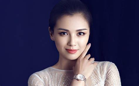 明星美女刘涛高清桌面壁纸-Pchome桌面壁纸