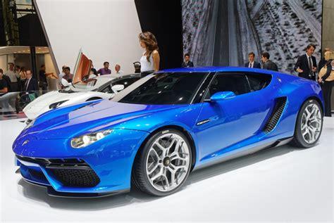 Lamborghini Urus Tramples Over Asterion Concept