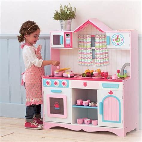 cuisiner avec ses enfants cuisine en bois jouet pas cher cuisine enfant jouet